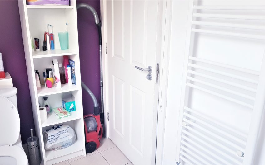 2 BEDROOM APARTMENT TO LET IN CANNING TOWN